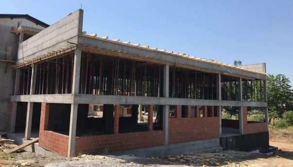 Ускоро постављање крова на новом објекту