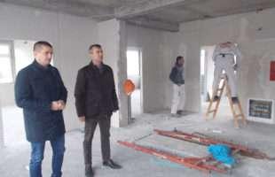 Начелник Сакан обишао радове на изградњи новог блока Дома здравља