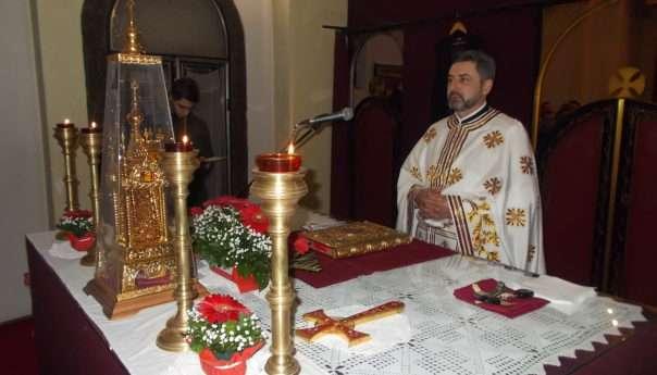 Служена божићна литургија