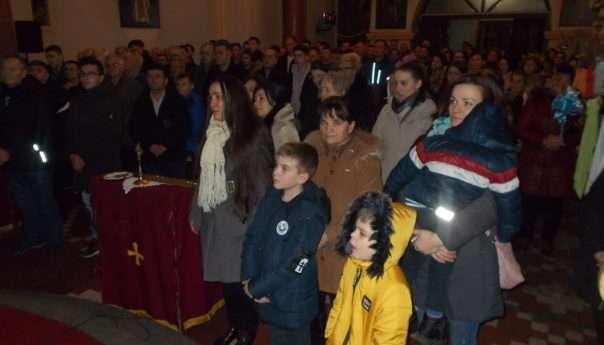 Служен молебан у храму Рођења Пресвете Богородиц