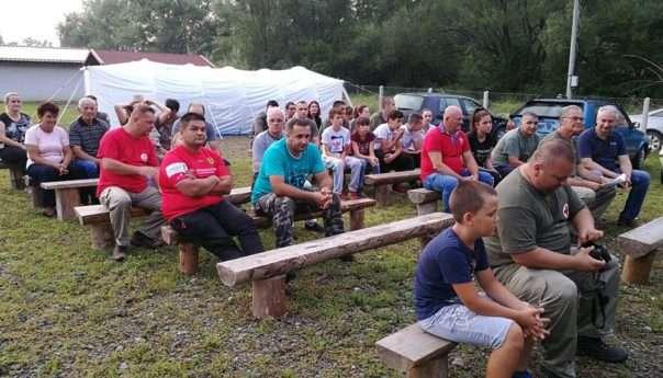 Otvoren kamp Crvenog krsta