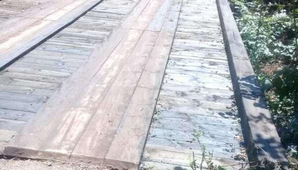 Санирана два моста у Липљу