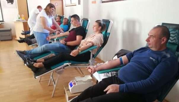 Прикупљене 163 дозе крви