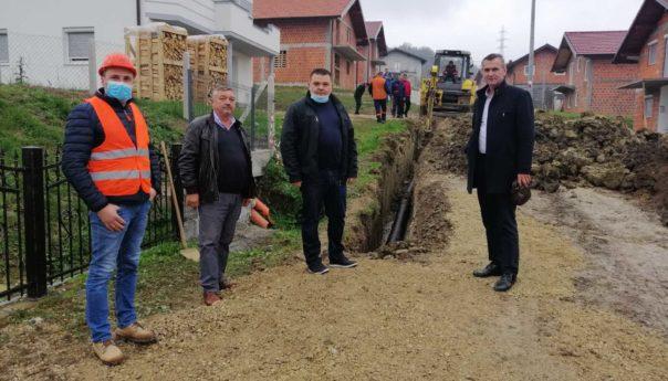 Sakan obišao gradilišta u Zabrđu i Ripištu